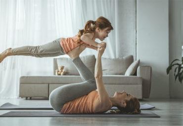 10 tips para enseñar yoga a los niños